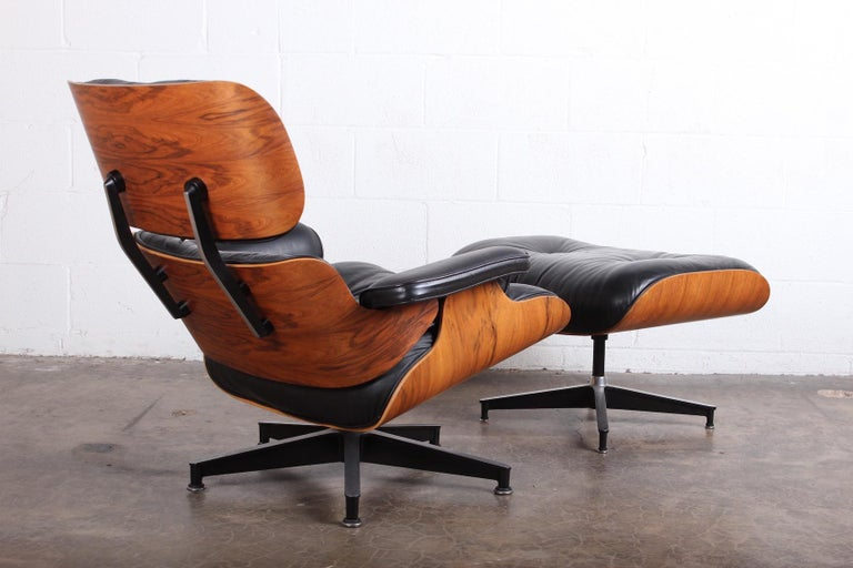 Rosewood Lounge Chair and Ottoman by Charles Eames for Herman Miller For Sale 6