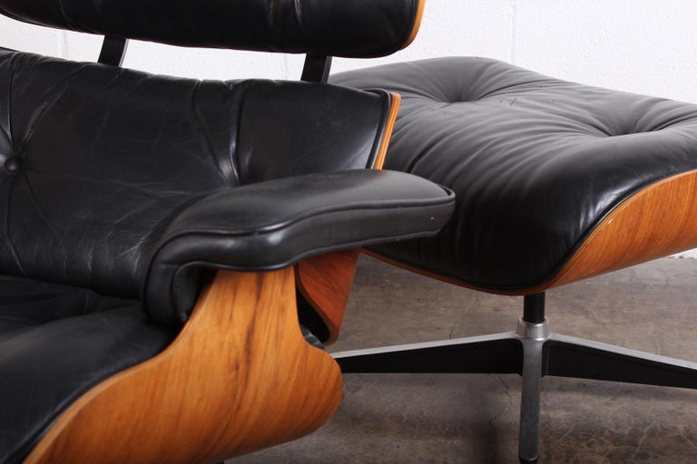 Rosewood Lounge Chair and Ottoman by Charles Eames for Herman Miller For Sale 7