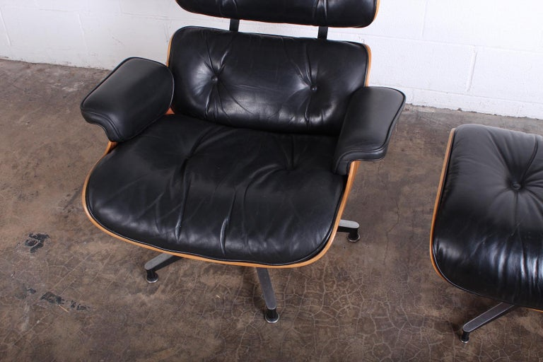 Rosewood Lounge Chair and Ottoman by Charles Eames for Herman Miller For Sale 2