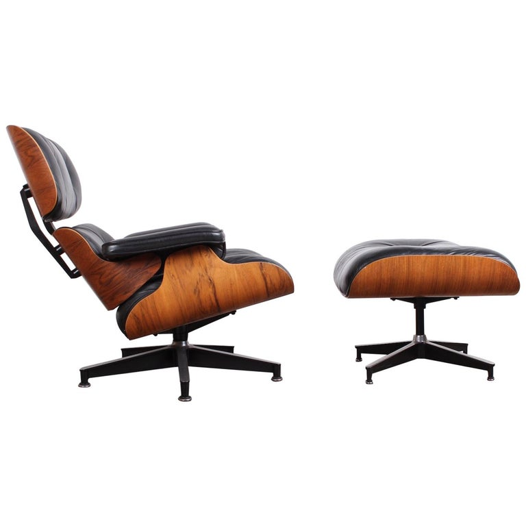 Rosewood Lounge Chair and Ottoman by Charles Eames for Herman Miller For Sale