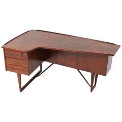 Rosewood Mid-Century Modern Boomerang Desk by Peter Løvig Nielsen Denmark, 1956