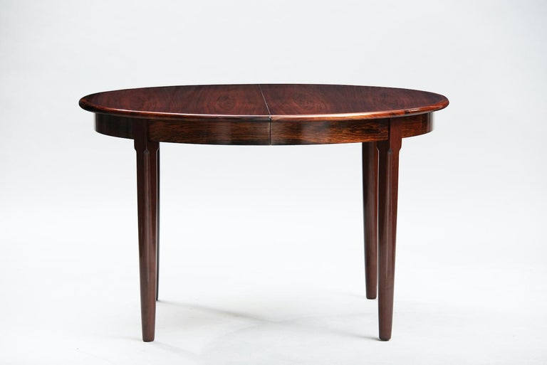 Varnished Rosewood Mid-Century Modern Danish Dining Table For Sale