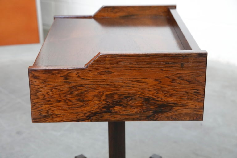 Rosewood Nightstands by Claudio Salocchi for Sormani, Italy, c 1960s For Sale 8