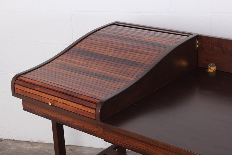 Rosewood Roll Top Desk by Edward Wormley for Dunbar For Sale 4