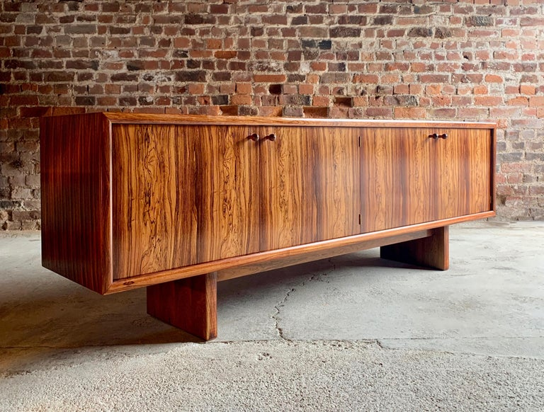 Rosewood Sideboard or Buffet Gordon Russell Martin Hall Marlow Range, 1970 For Sale 6