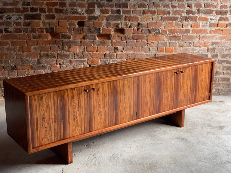 Mid-Century Modern Rosewood Sideboard or Buffet Gordon Russell Martin Hall Marlow Range, 1970 For Sale
