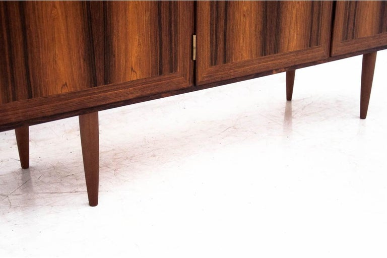 Rosewood Sideboard, Denmark, 1960s In Good Condition For Sale In Chorzów, PL