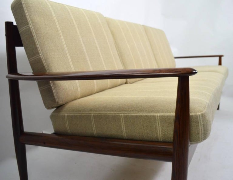Rosewood Sofa by Grete Jalk for France and Son For Sale 3