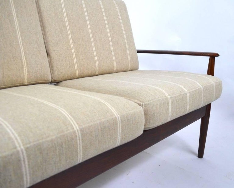 Rosewood Sofa by Grete Jalk for France and Son For Sale 5