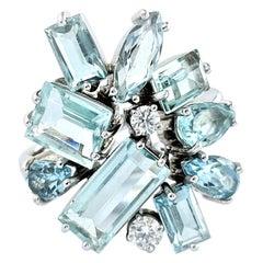 Contemporary Rosior Aquamarine and Diamond White Gold Cocktail Ring