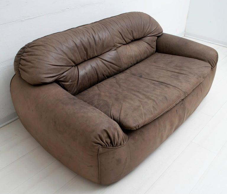 Rossi di Albizzate Modern Italian Elephant Skin Sofa, 1989 In Good Condition For Sale In Cerignola, Italy Puglia
