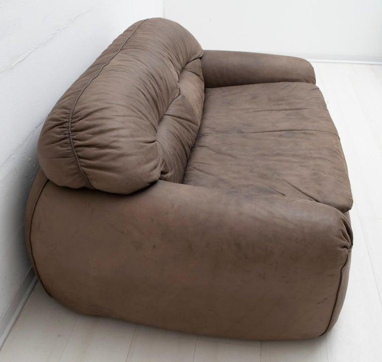 Late 20th Century Rossi di Albizzate Modern Italian Elephant Skin Sofa, 1989 For Sale