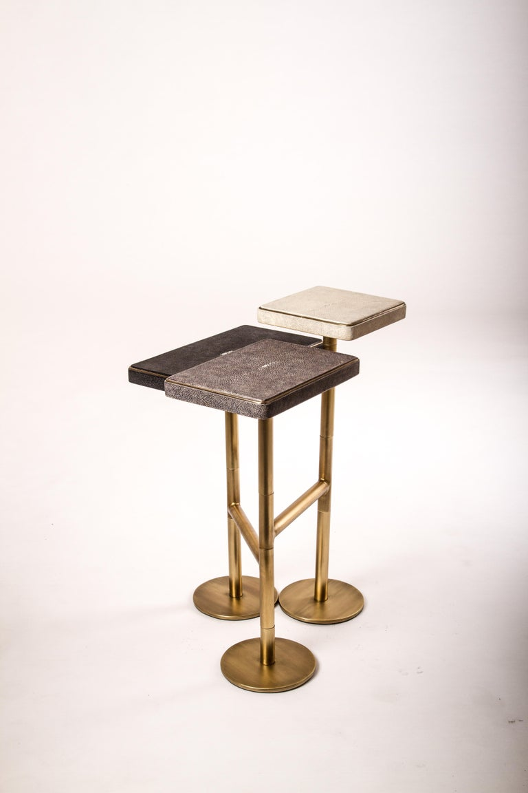 Rotating 3-Top Side Table in Shagreen & Bronze-Patina Brass by Kifu Paris In New Condition For Sale In New York, NY
