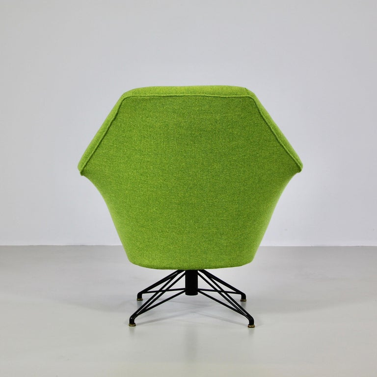 Metal Rotating Armchair by Osvaldo Borsani, Tecno For Sale