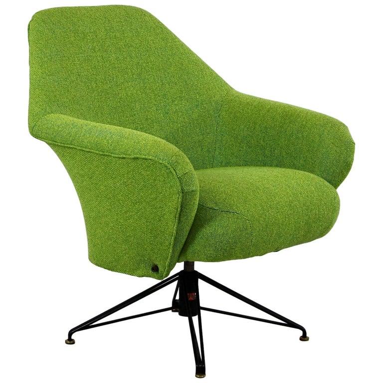Rotating Armchair by Osvaldo Borsani, Tecno For Sale