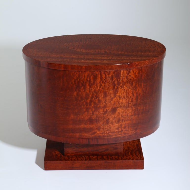 Rotating Art Deco Nightstand, France c. 1925 For Sale 4