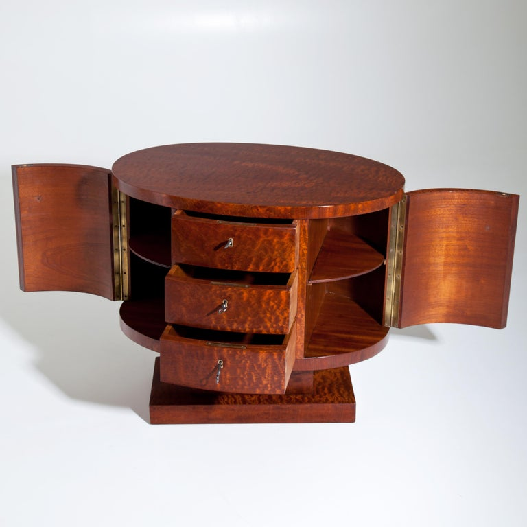 Rotating Art Deco Nightstand, France c. 1925 For Sale 2