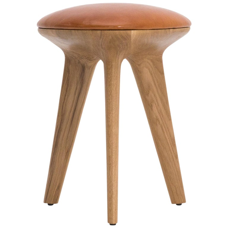Rotor, Solid Oak Stool with Padded Tan Leather Seat by Made in Ratio For Sale