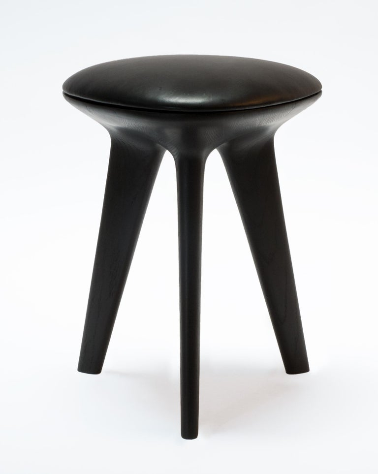 Rotor, Solid Oak Stool with Padded Tan Leather Seat by Made in Ratio For Sale 4