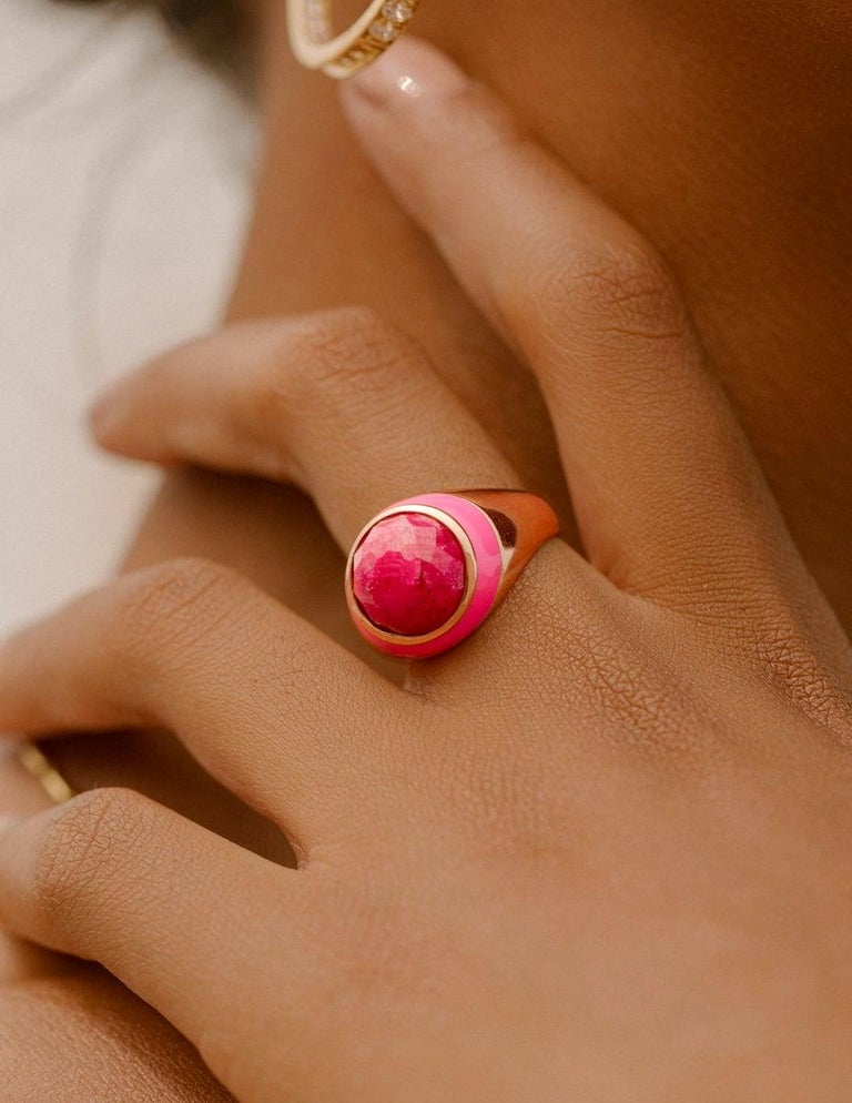 For Sale: undefined Rouge Pink Enamel Ring with Cabochon Opaque Ruby in Rose Gold 2