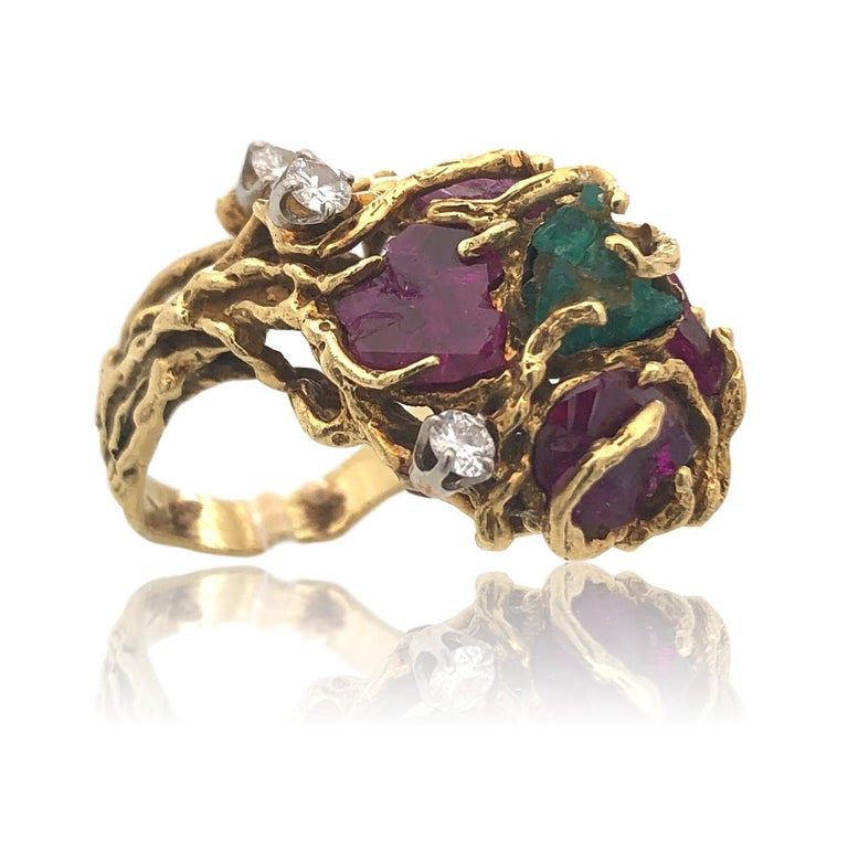Modernist Rough-Cut Emerald and Ruby Nugget Statement Ring, 1970s For Sale