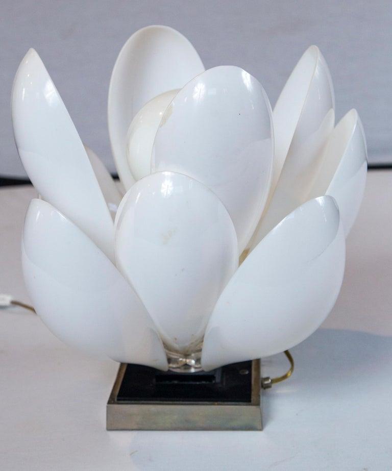 Rougier Lucite Lotus Lamp For Sale 2