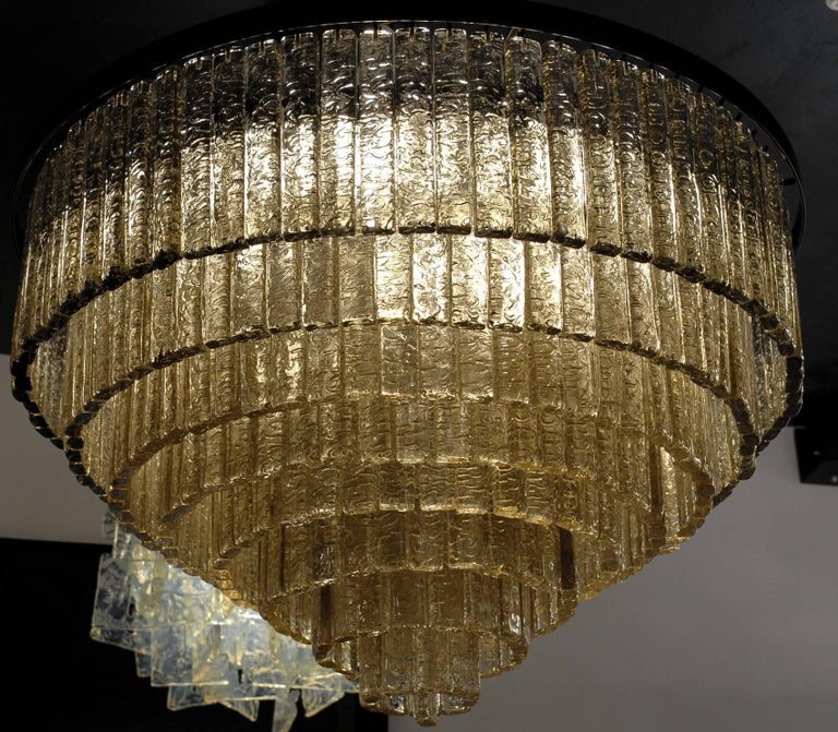 Round Nine Tiers Chandelier, 380 Murano Fume' Glass, 1990s, Metal Ring For Sale 10