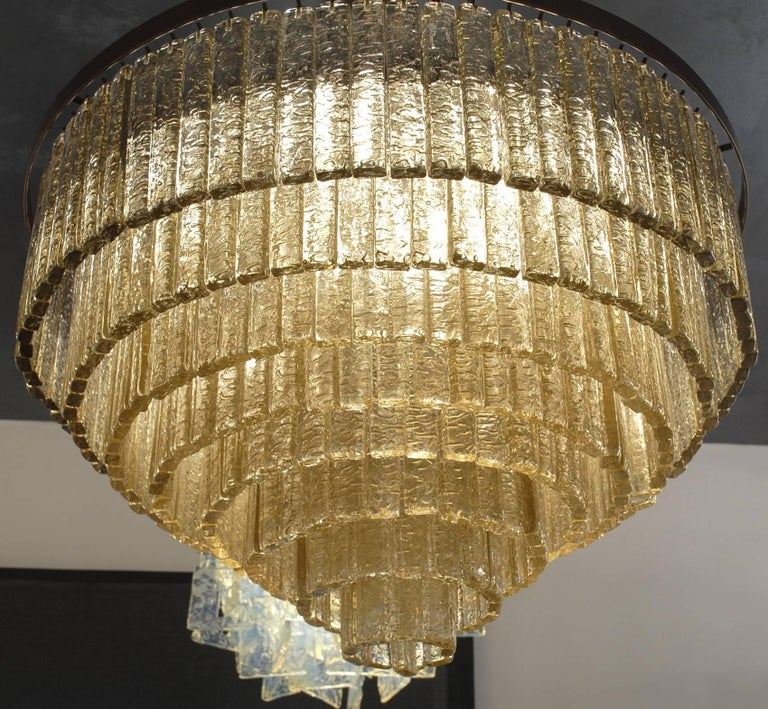 Round Nine Tiers Chandelier, 380 Murano Fume' Glass, 1990s, Metal Ring For Sale 1