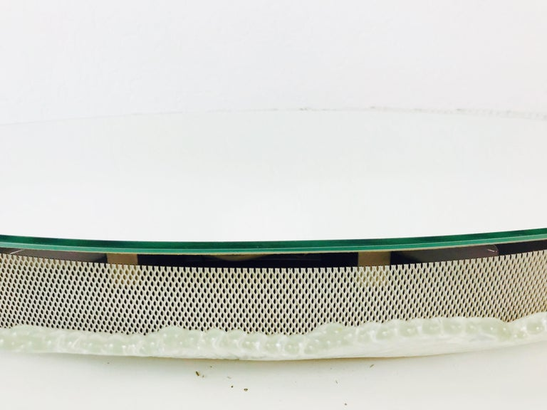 Round Acrylic Illuminated Mirror from Hillebrand Lighting, 1970s In Good Condition For Sale In Mainz, Rhineland-Palatinate