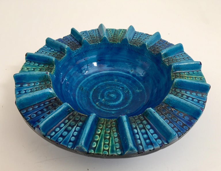 Mid-Century Modern Aldo Londi Blue Ceramic Ashtray Handcrafted in Italy For Sale