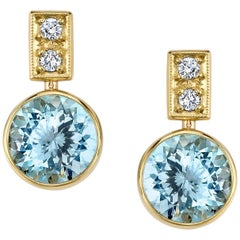 Round Aquamarine and Round White Diamonds 18 Karat Yellow Gold Earrings