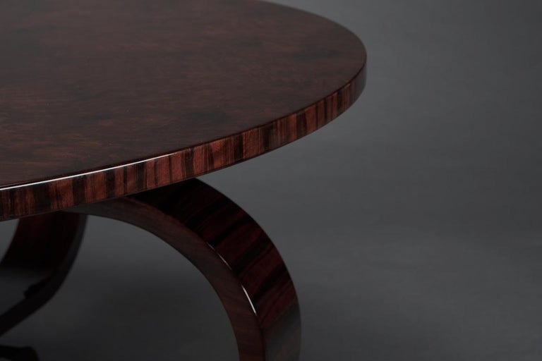 Round Art Deco French Coffee Table in Walnut For Sale 3