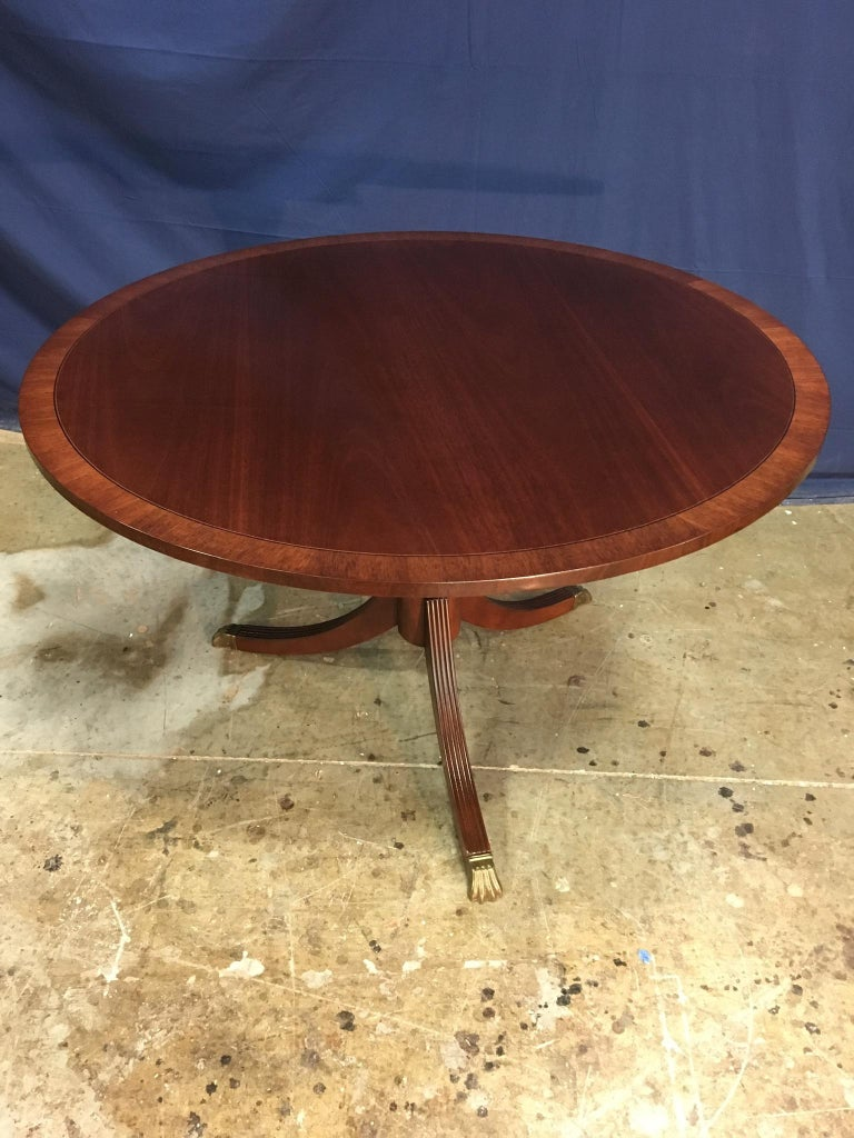 Round Banded Mahogany Georgian Style Accent Foyer Table by Leighton Hall For Sale 4