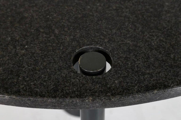 Round Black Lacquered Metal and Granite Dining Table For Sale 5