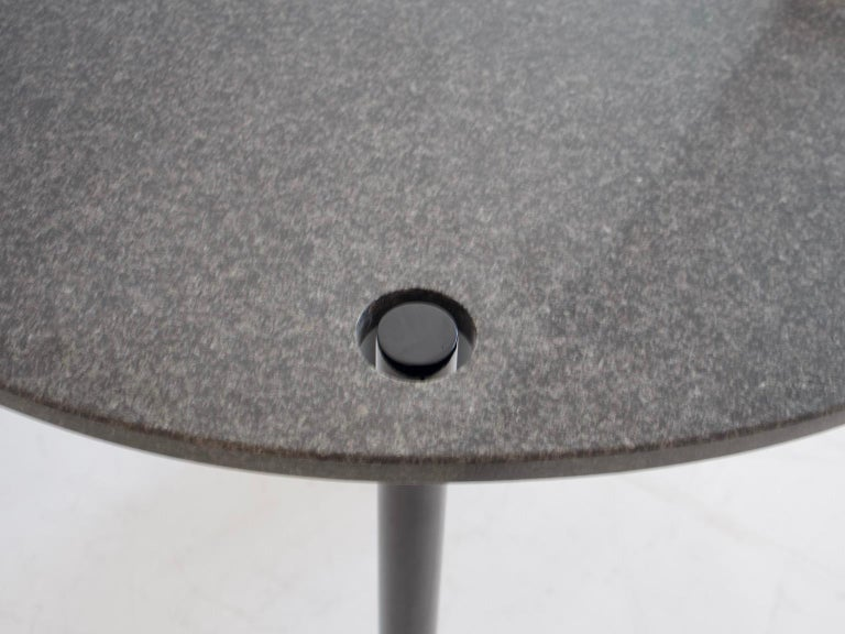 Round Black Lacquered Metal and Granite Dining Table In Good Condition For Sale In Madrid, ES