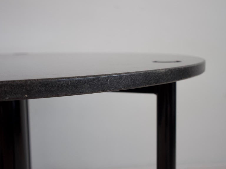 20th Century Round Black Lacquered Metal and Granite Dining Table For Sale