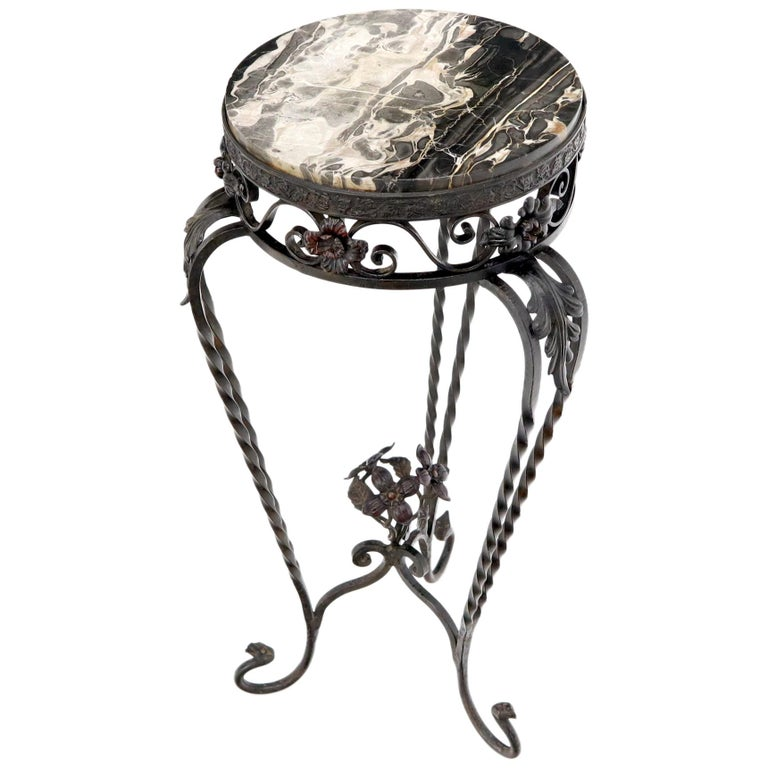 Round Black & White Marble Top Wrought Iron Pedestal Stand Table For Sale
