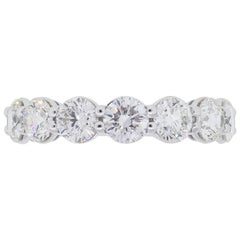 Round Brilliant 7 Diamond Wedding Band