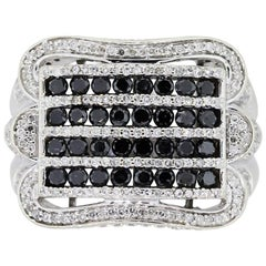 Round Brilliant Black and White Diamond Gents Ring