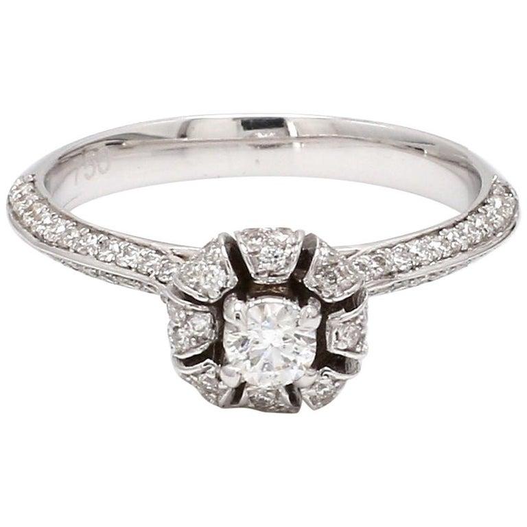 Round Brilliant Cut Diamond 18 Karat White Gold Wedding Ring For Sale