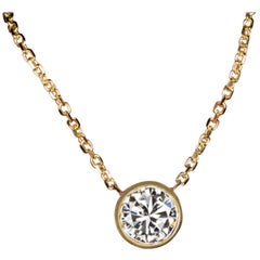 Round Brilliant Cut Diamond Pendant Yellow Gold Necklace