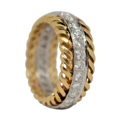 Round Brilliant Cut Diamond Ring Set in Platinum & 18k Yellow Gold, 1.31 Carats