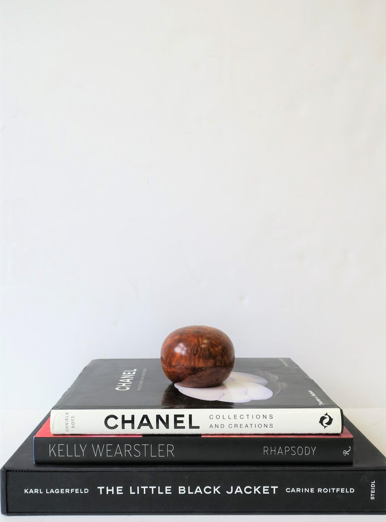 Round Burl Trinket or Jewelry Box For Sale 1