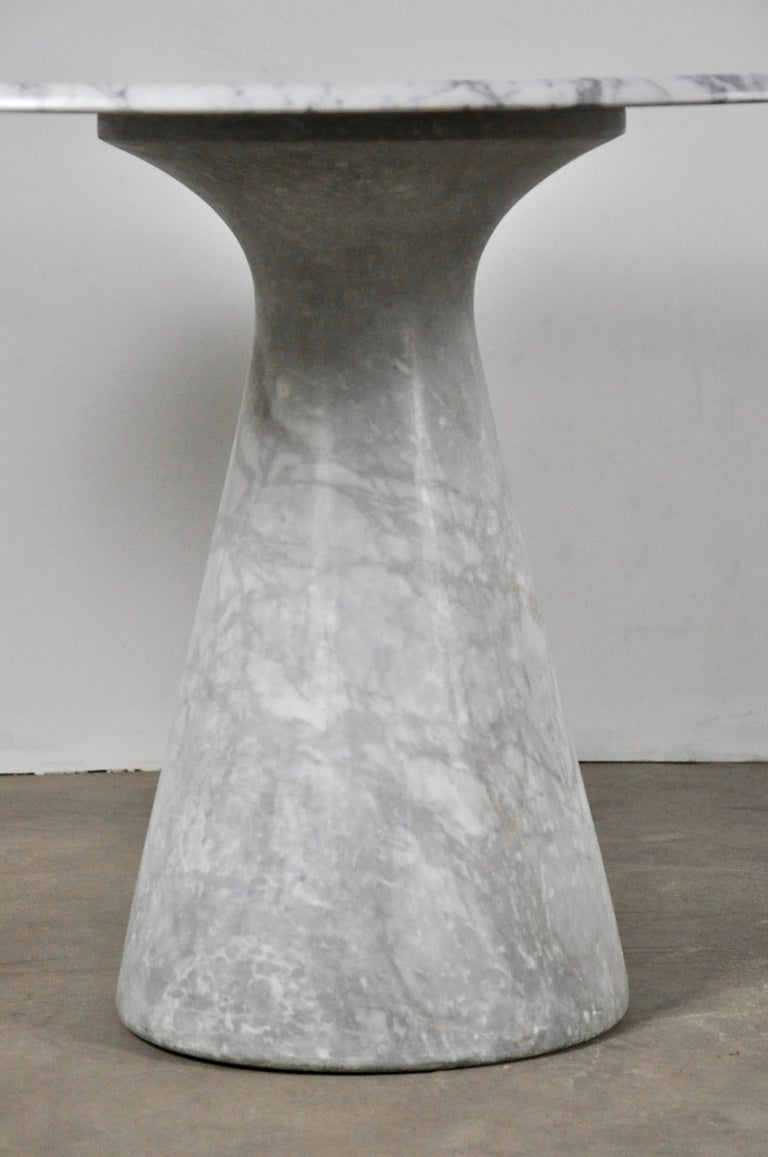 Late 20th Century Round Carrara Marble Dining Table by Angelo Mangiarotti, 1970s For Sale