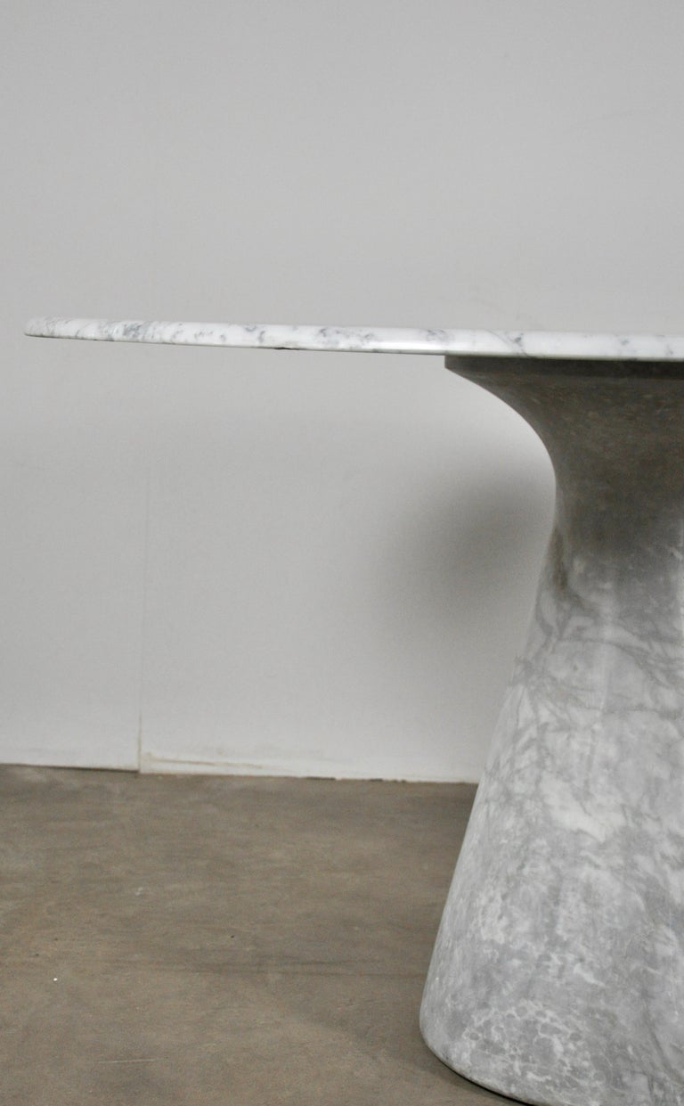 Round Carrara Marble Dining Table by Angelo Mangiarotti, 1970s For Sale 2