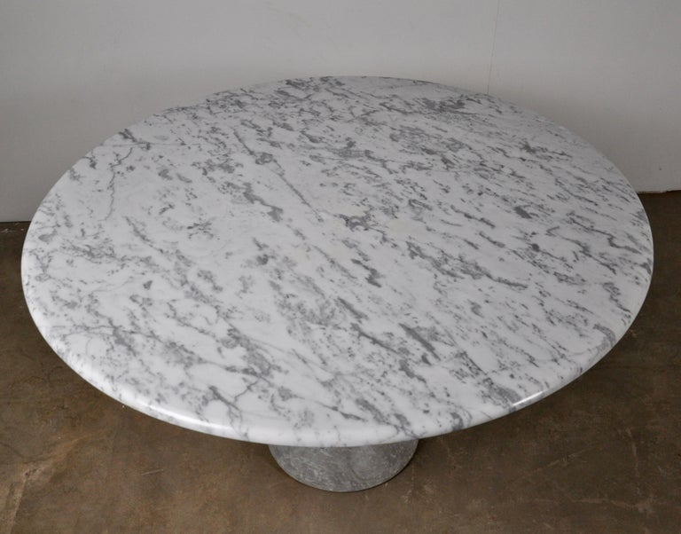 Round Carrara Marble Dining Table by Angelo Mangiarotti, 1970s For Sale 3