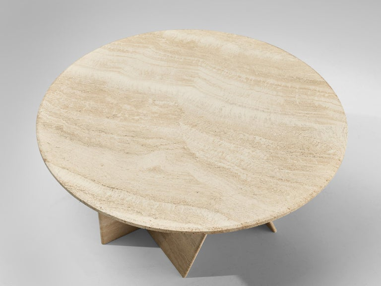 Round Coffee Table in Travertine In Good Condition For Sale In Waalwijk, NL