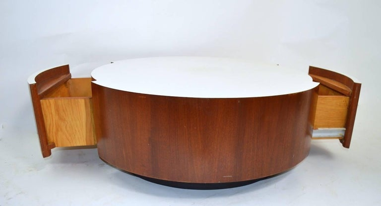 American Round Coffee Table with Two Drawers after Baughman For Sale