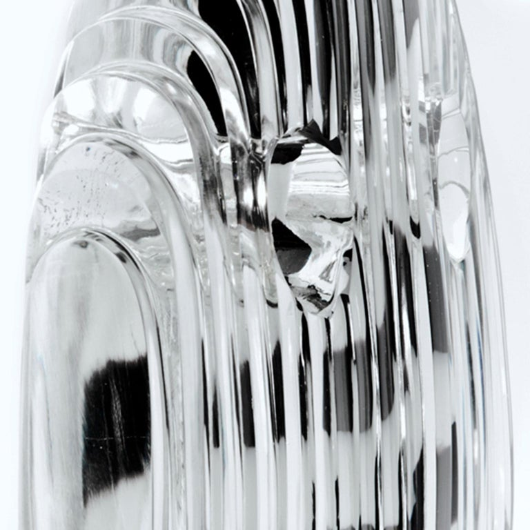 Round Crystal Mask with Black and White Nose - Inspired by African dancing mask In New Condition For Sale In Amsterdam, NL