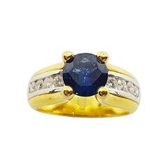 Round Cut Blue Sapphire with Diamond Ring Set in 18 Karat Gold Settings